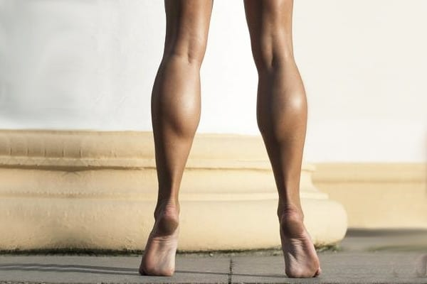5 Great Calf Exercises for Women (at home)