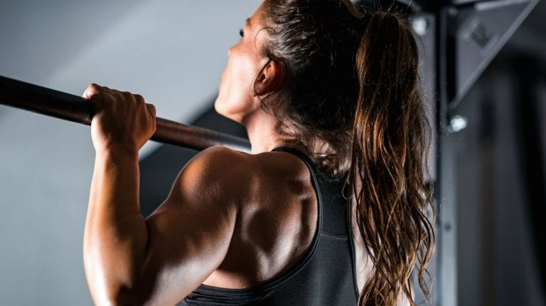 6 Great Dip Station Exercises For Your Upper Body